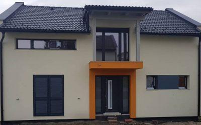 Montaj tâmplărie PVC Acitim Suprem 92 și obloane de aluminiu în Sibiu